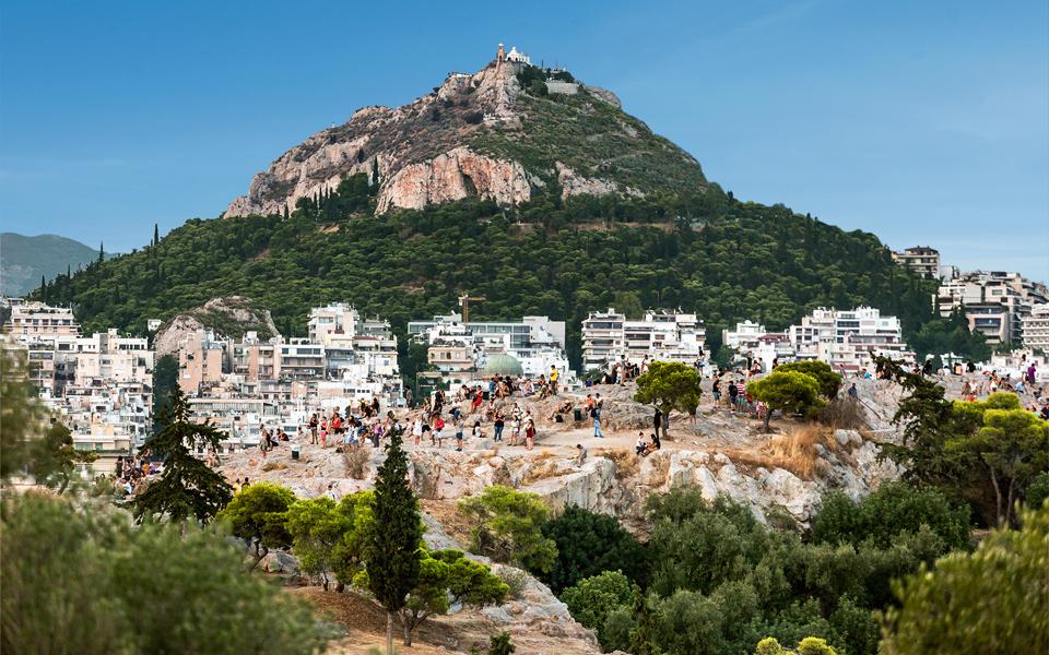 http://www.greece-is.com/wp-content/uploads/2015/10/NEW_DEMO_DEMOCRACY_TOUR_07.jpg