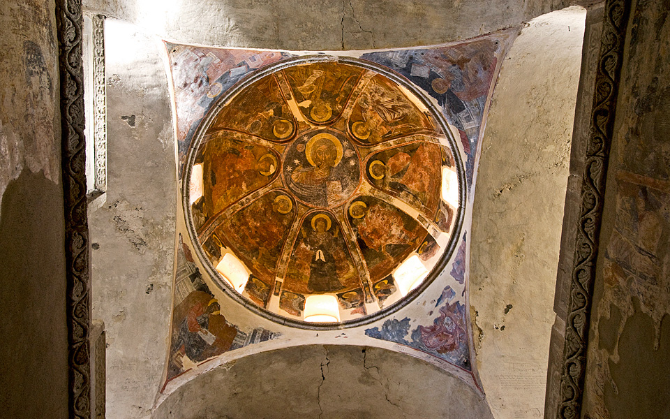 <h5>Mystras Churches</h5>
