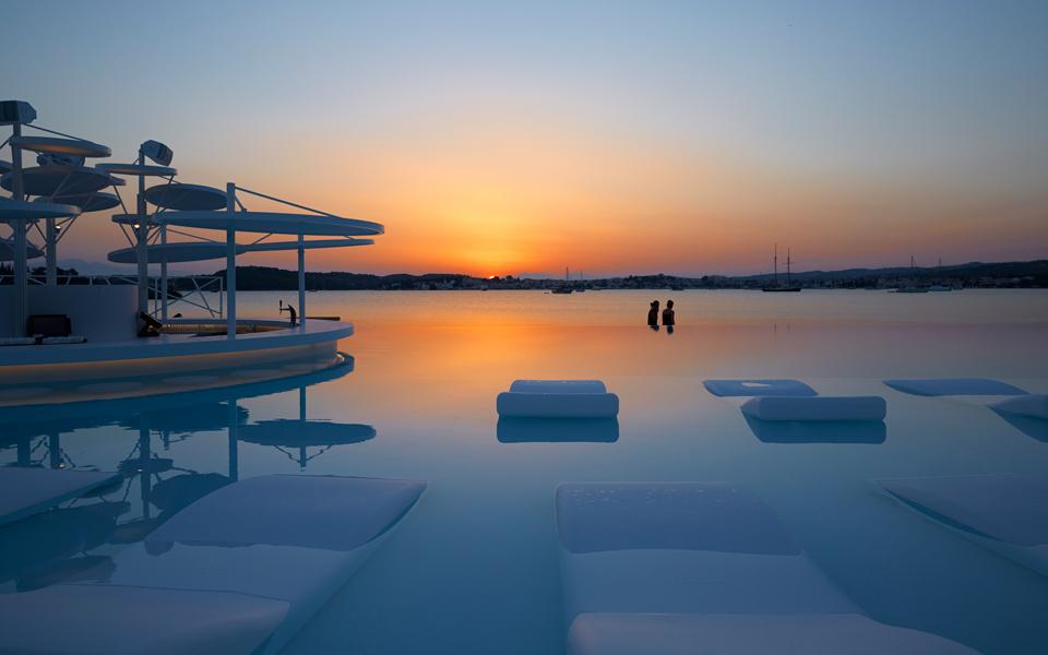 PELOP_HOTELS_NIKKI_BEACH_01