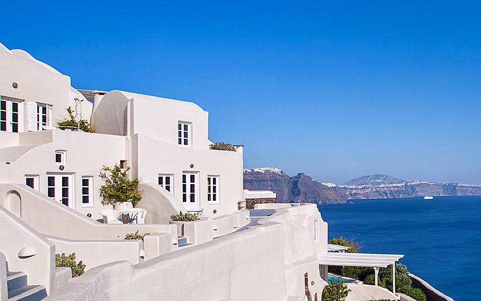 Greek hotels among world s best greece is for Worlds best hotels