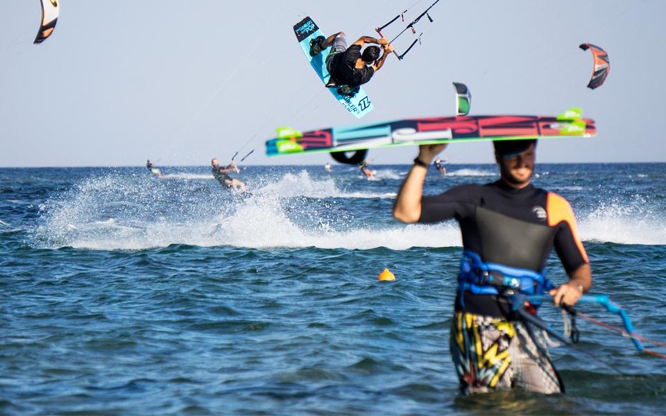 KITE_SURFING_ARTEMIDA_01