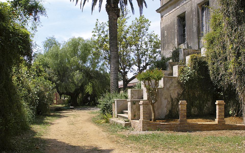 <h5>Mercouri, Western Peloponnese.</h5>