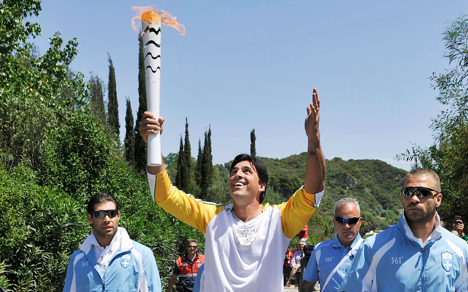 5b5390541381 Olympic Flame to Rio - Greece Is