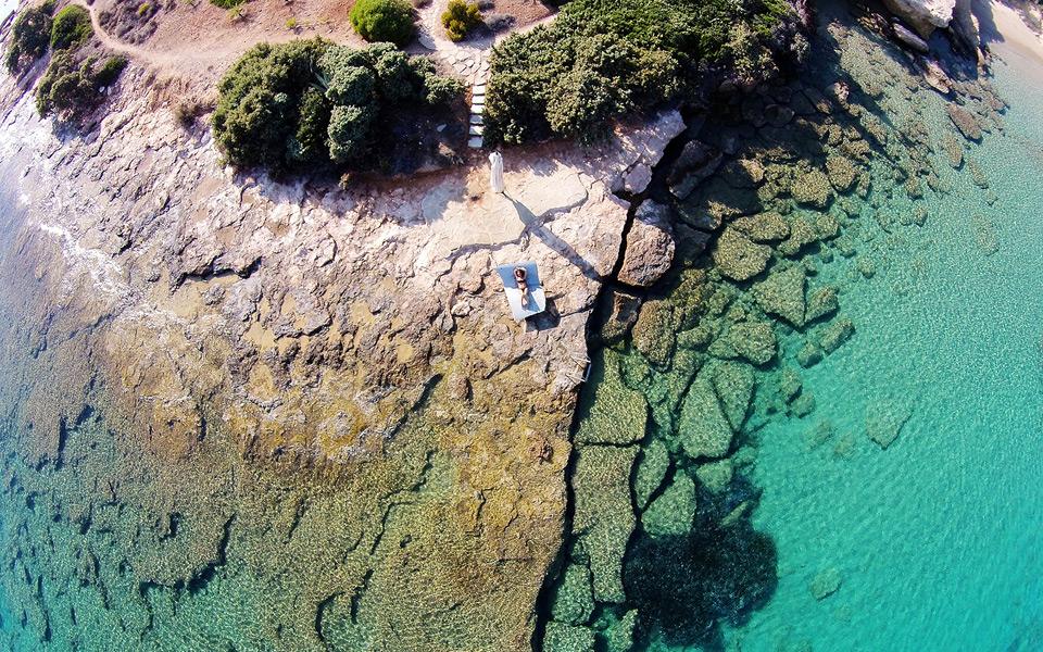 <h5>PAROS ISLAND | CYCLADES</h5>