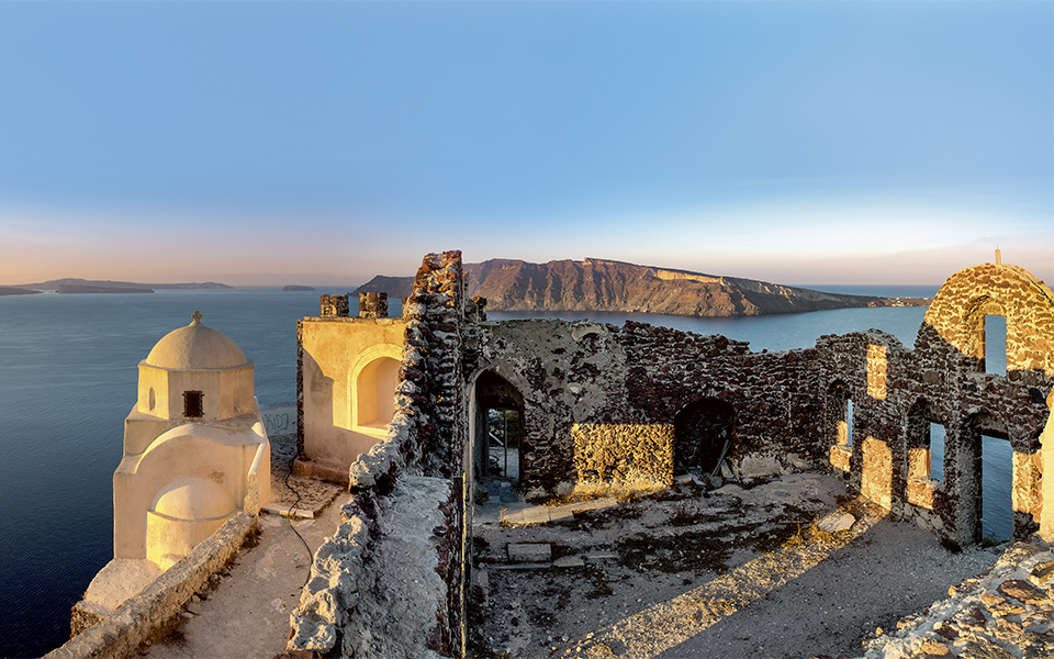A Step Back In Time Santorinis History Greece Is
