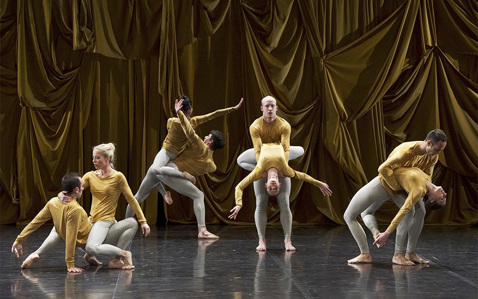 Ballet-de-Lorraine-M.-Cunningham-SOUNDDANCE-β3©LaurentPhilippe