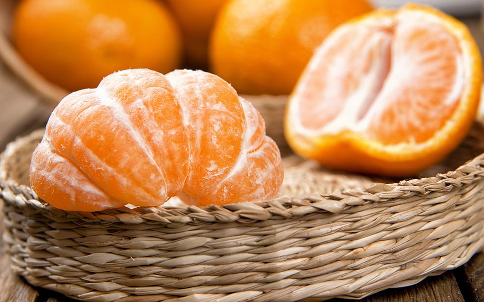 tangerines_shutterstock_120964813