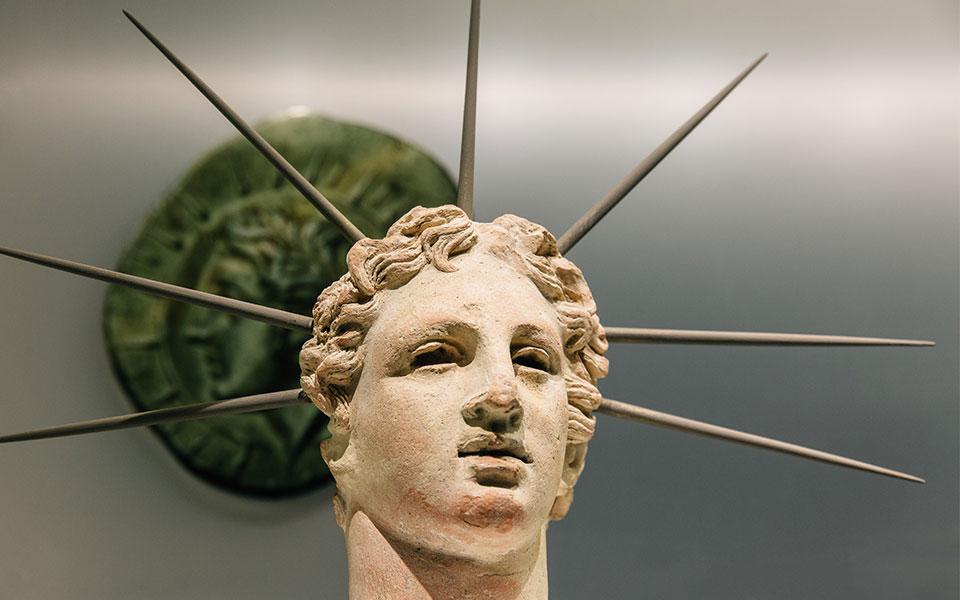 museum_cycladic_art_money_exhibition_8uQgDO1516370602