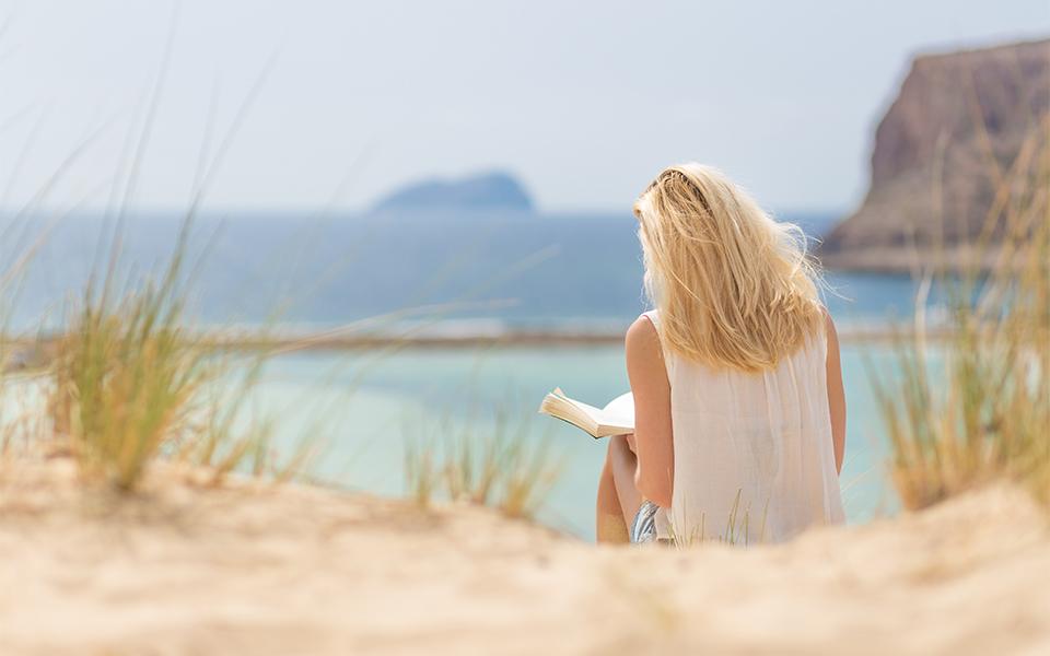 beach-read-book-shutterstock_461408230