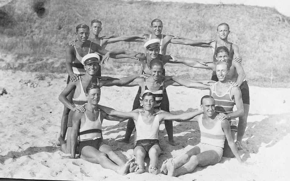 33fbf855037 From Dresses to Bikinis: How Women's Swimwear Evolved in Greece ...