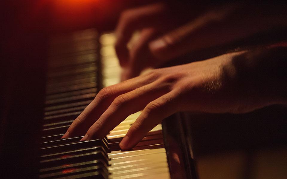 piano_shutter