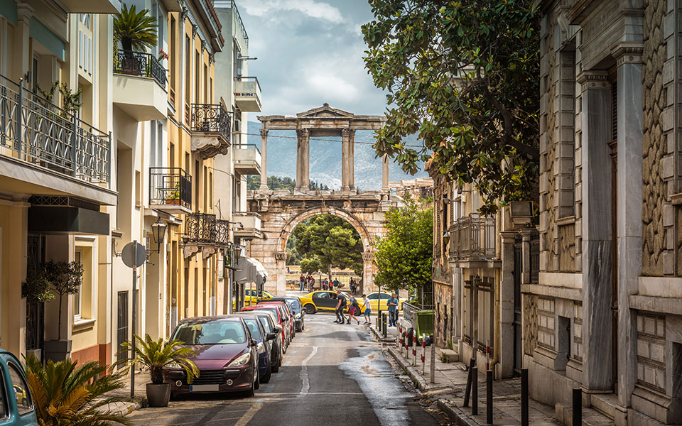 Athens_shutterstock_1120931684