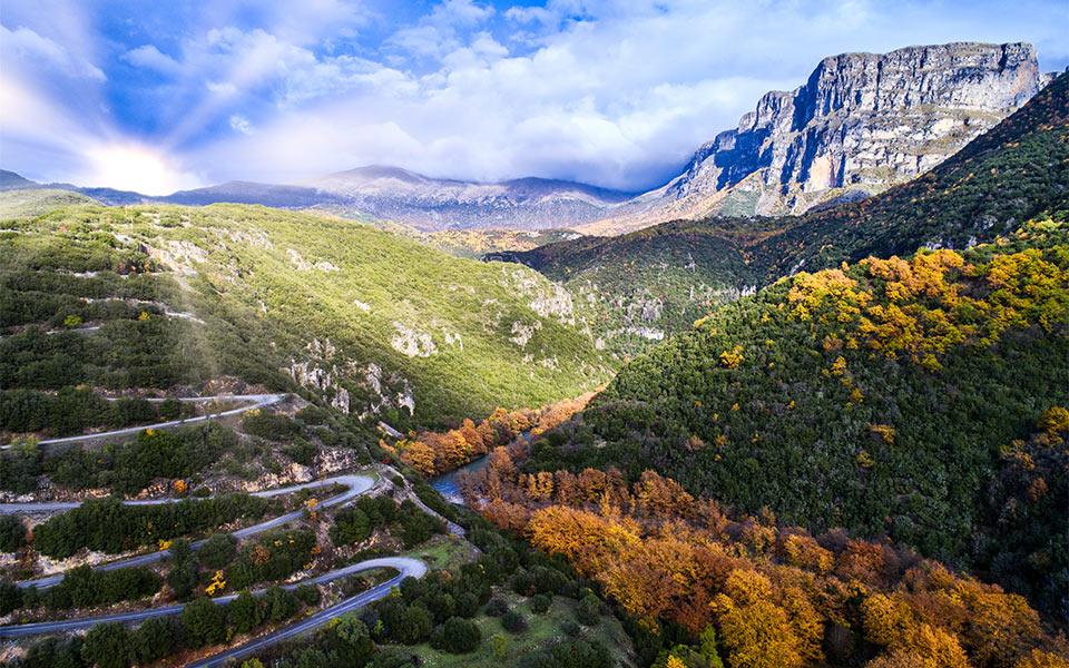 road-mountain-shutterstock_762727111
