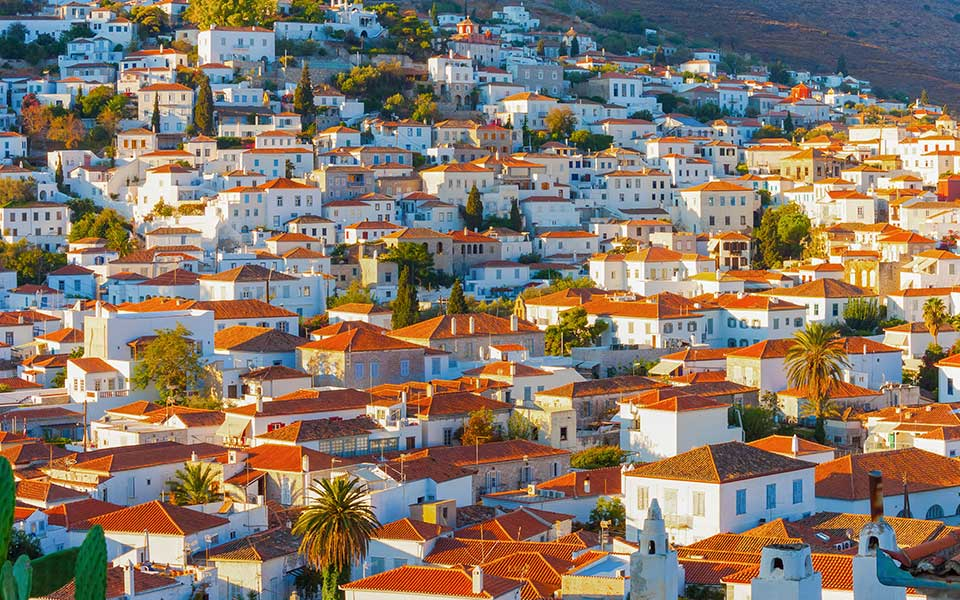 Foreign Investors are Spending More on Greek Real Estate