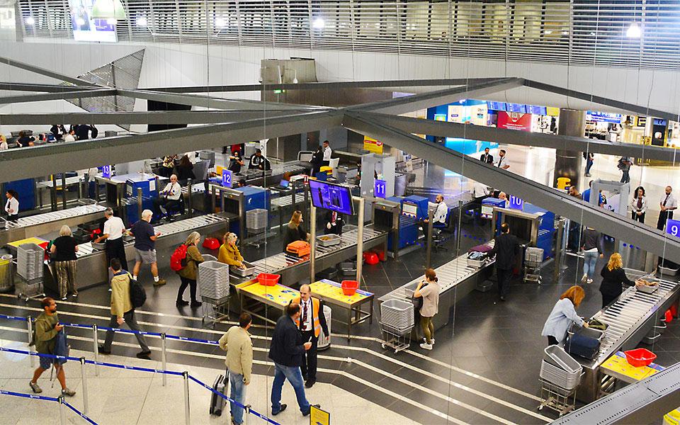 Airport_shutterstock_1226569750