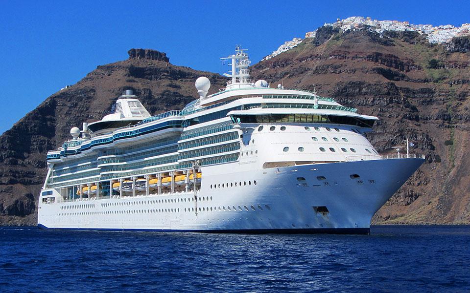 cruise_shutterstock