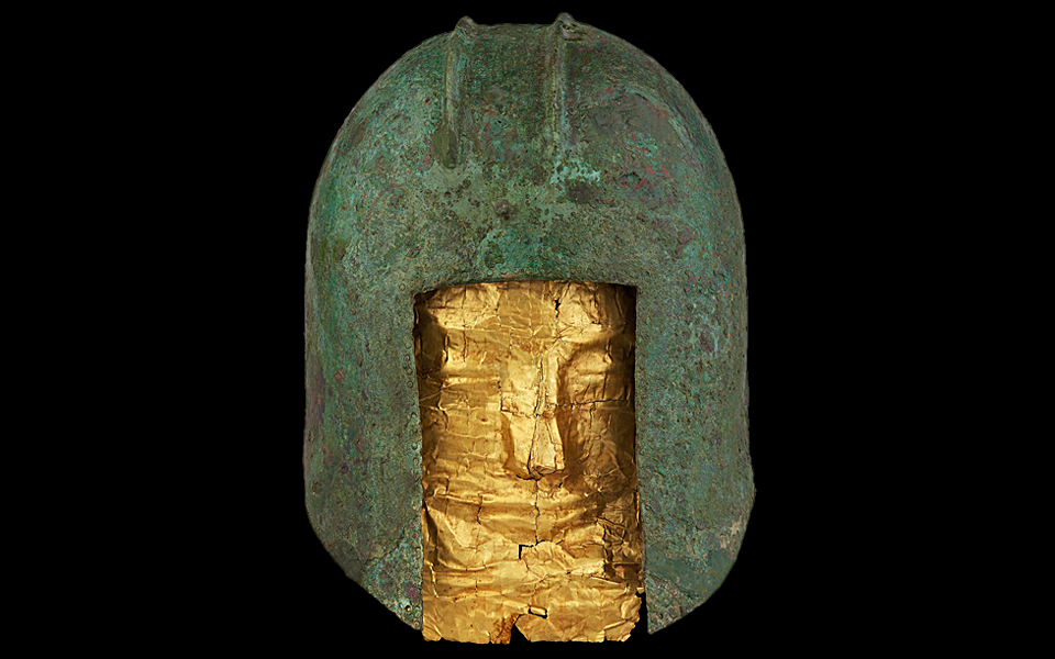 <h5>Bronze helmet and gold funerary mask (circa 520 BC)</h5>