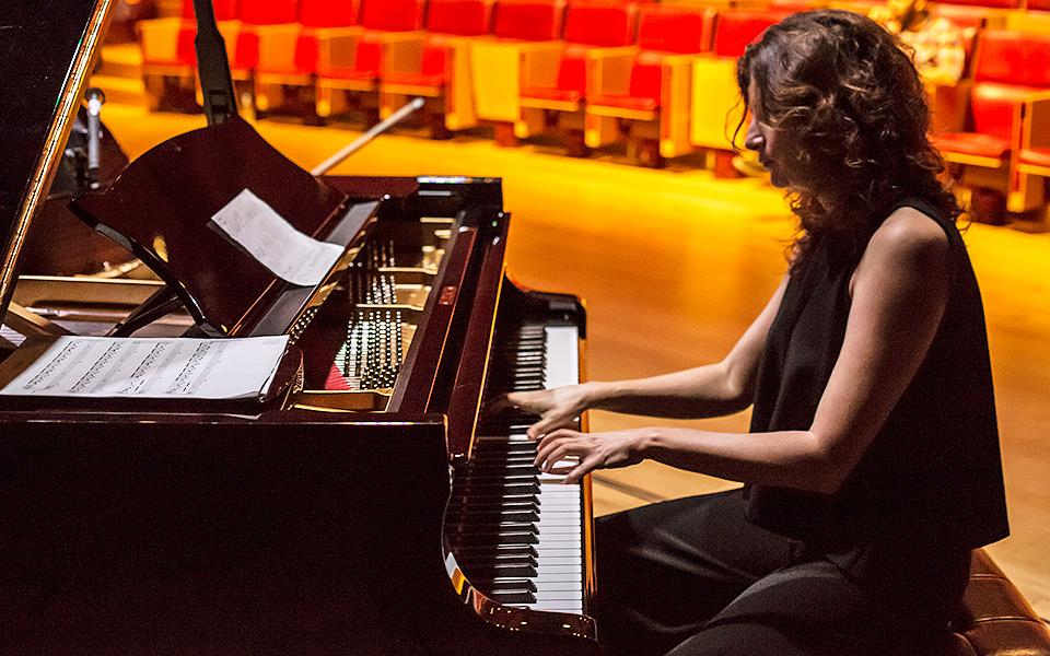 tania giannouli music pianist