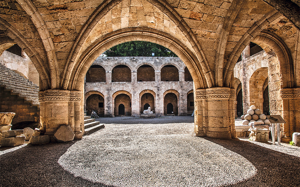 Inside Rhodes Old Town | Discover | TUI