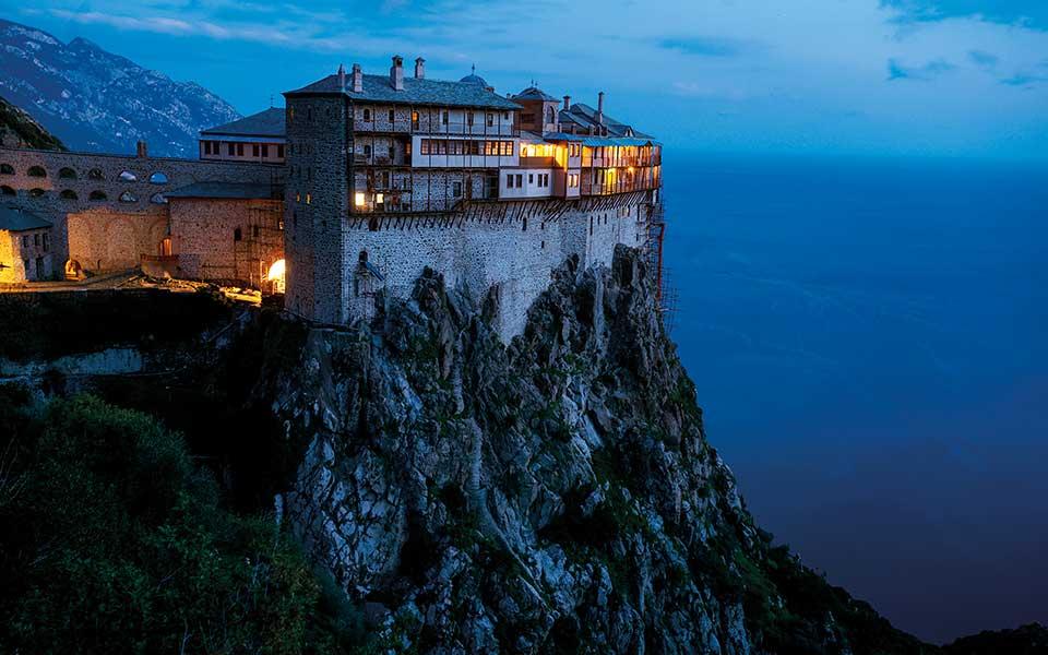 www.greece-is.com
